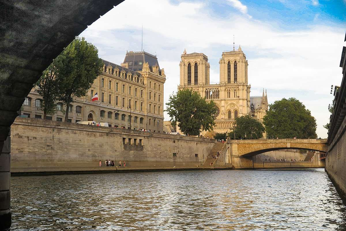re discover paris from the seine