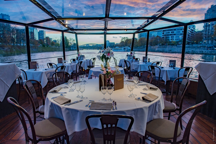 Feter Un Anniversaire A Bord D Un Restaurant Peniche A Paris Marina De Paris